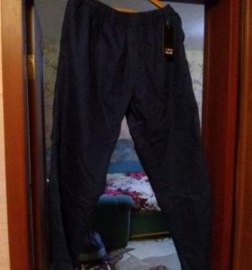 Джинсы на резинка 64р новые