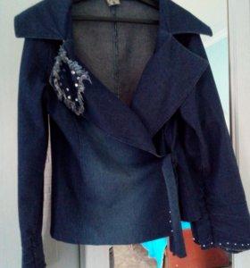 Джинсовая курточка, пиджак 48 р