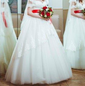 Свадебное платье, кринолин в подарок.