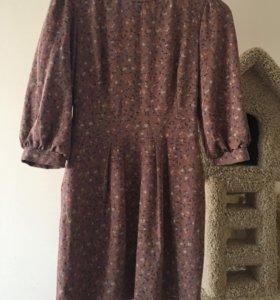 Миленькое платье с цветочным принтом