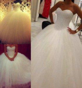 Новое свадебное платье 44 размер