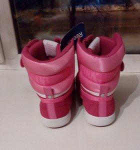 НОВЫЕ!!! Ботинки Reebok original