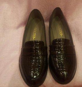 Туфли Лоферы новые