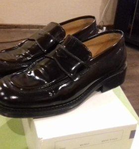 Мужские туфли Лак
