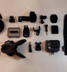 Видеокамера GoPro Hero 4 White edition +АКСЕССУАРЫ