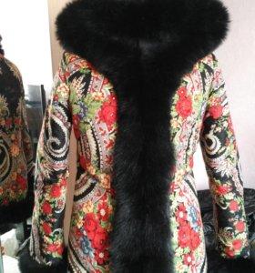 Зимнее 2 строннее пальто с капюшоном
