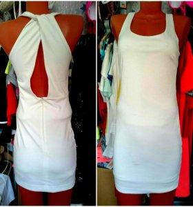Платье новое 44 в наличии