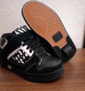 HEELYS. Роликовые кроссовки