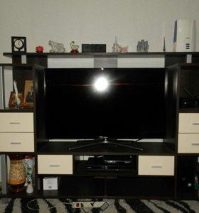 Стенка ТВ в отличном состоянии