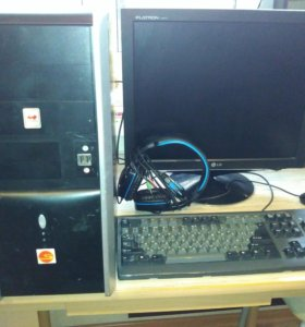 Компьютер Intel Core 2 Duo с монитором