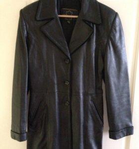 Женский кожаный плащ куртка