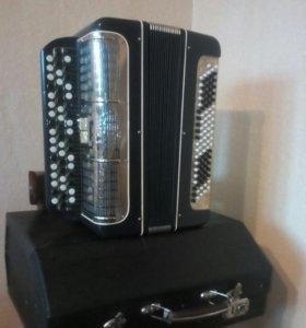 Баян-аккордеон