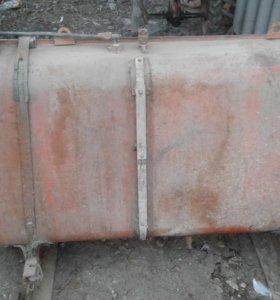 Емкость для ьоплива с креплениями на камаз 350 лит