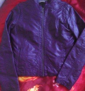 Куртка новая кожаная