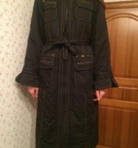 Утепленное пальто женское L состояние хорошее