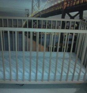 Детская кроватка с матрасом, манеж