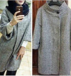 Шерстяное пальто AURORA.