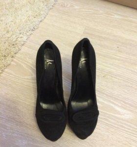 Туфли натуральные замшевые