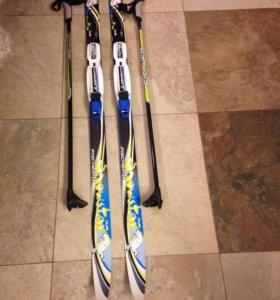 Фишер лыжи 120 см с креплениями и палками(80 см)