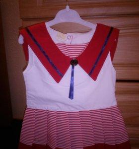 Платье на 6-8 месяцев новое