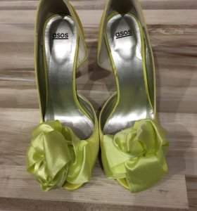 Туфли очень красивые, размер 38