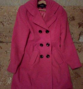 Пальто женское , осень- весна