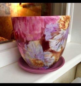 Новый керамический горшок для цветов с поддоном
