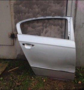 VW Passat B6 дверь задняя правая