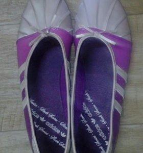 Балетки Adidas новые