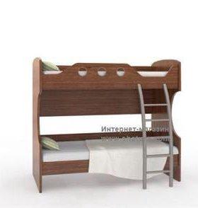 Кровать чердак и лестница с ящиками, матрас