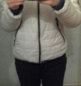 Женская зимняя куртка 44р