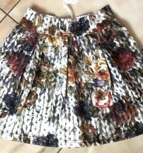Новая юбка из Италии, 2 размера