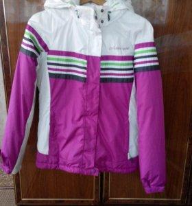 Спортивная утеплённая куртка