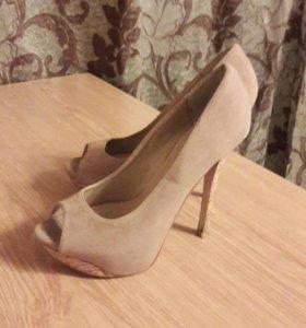 Продам туфли в хорошем состоянии