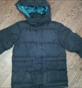 Зимняя куртка Hm на 6-8 лет. 122-128