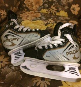 Хоккейные коньки 33р в отличном состоянии