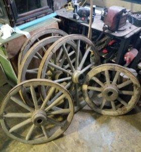 Колёса деревянные от телеги старинные