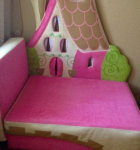 """Кровать """"Кукольный домик"""""""