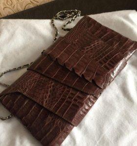 Сумка-клатч из натуральной кожи крокодила (новая)