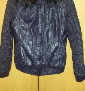 Кожанная зимняя куртка 42р.