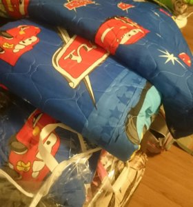 Детский комплект. Одеяло, подушка,  матрасик.
