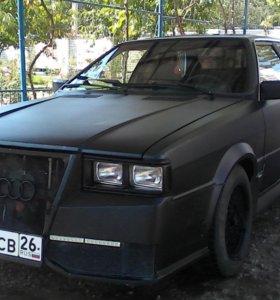 Ауди купе чёрный матовый цвет.