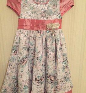 Нарядное платье для девочки 30 размер
