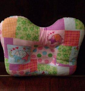 Ортопедическая подушка бабочка для новорожденных