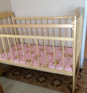 Продаётся кроватка и качель