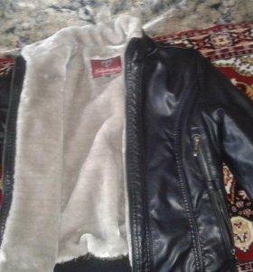 Куртка из искусственной кожи и меха