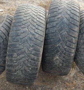 R18 265х60 Dunlop 4шт для джипа.