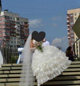 Самое счастливое свадебное платье...