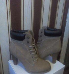 Ботинки новые!