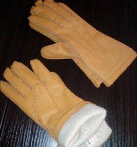 Перчатки кожаные, новые,очень мягкие,с утеплителем